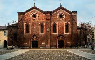 Santa Maria Incoronata, esterno